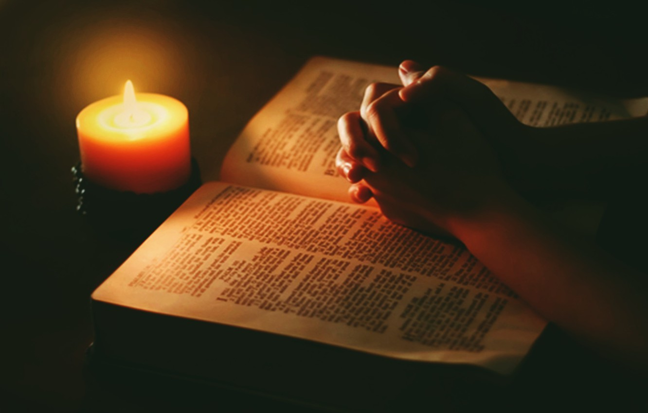 I TAKSAP PEN UH JESU AHI GIGE bible candle praying hands  Home New bible candle praying hands